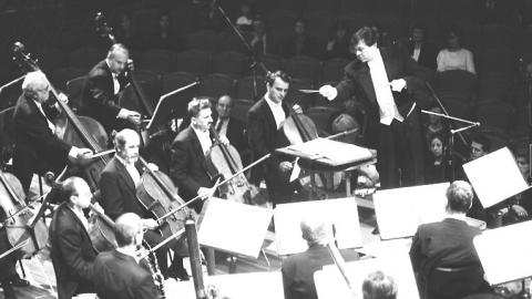 Gerard Schwarz & Members of the Czech Philharmonic Orchestra