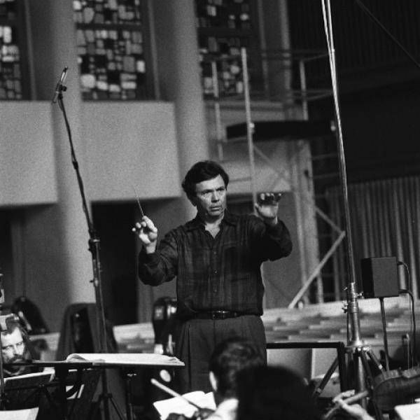 Conductor Gerard Schwarz and members of the Berlin Radio Symphony Orchestra