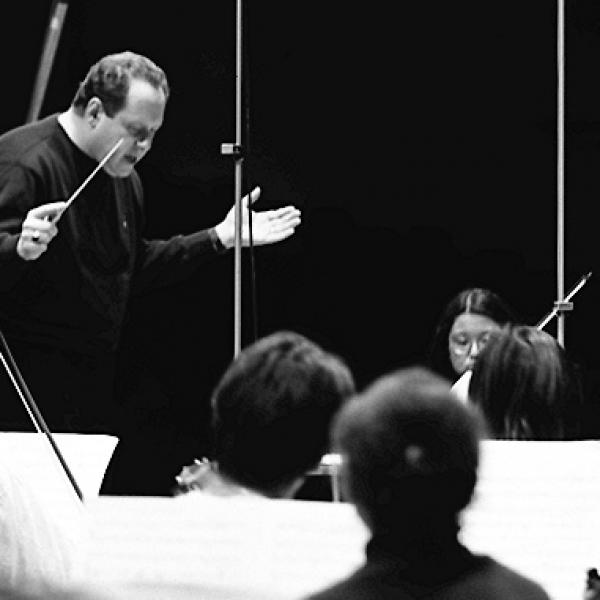 Kenneth Kiesler and members of the University of Michigan Symphony Orchestra